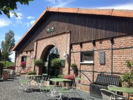 Cafe-Schafstall